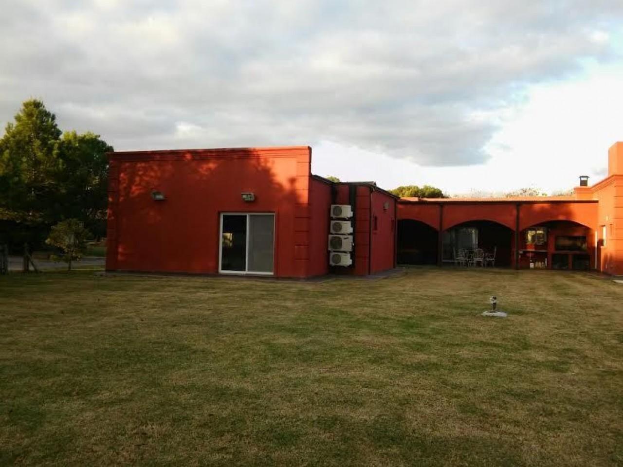 Casa en Venta - Corrientes 8000 (El Nacional)