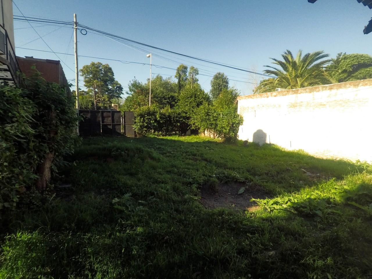 ### Oportunidad Terreno en Venta 10x30 - con Mejoras - Los Polvorines ###