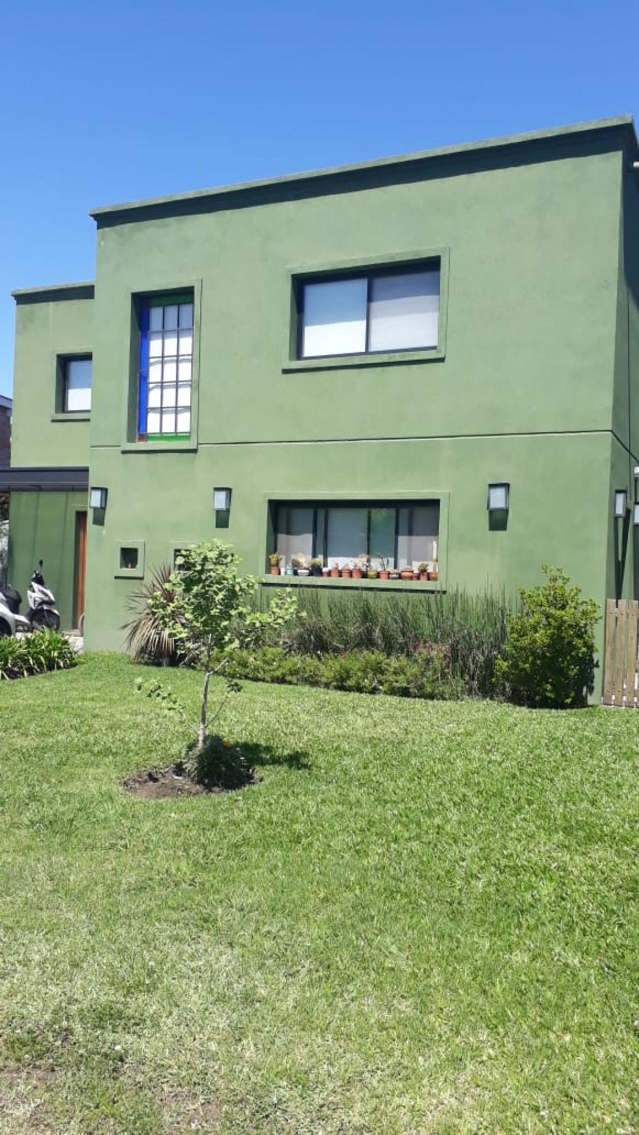 Excelente Casa a la venta en el Barrio Gran Roble de San Miguel